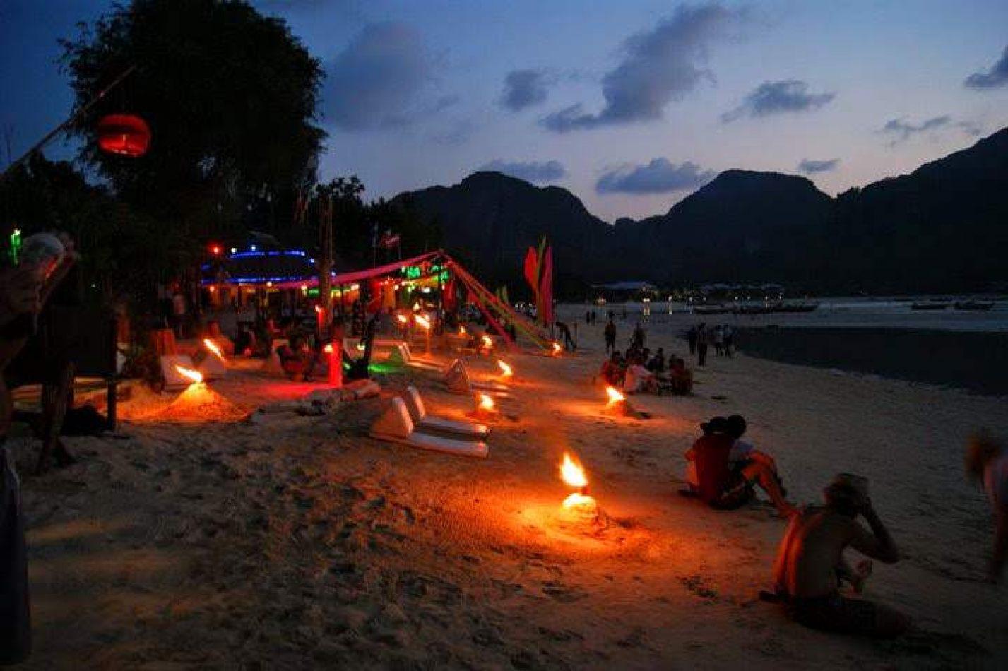 Hibiscus & Nomada : Thailand - Sairee Beach