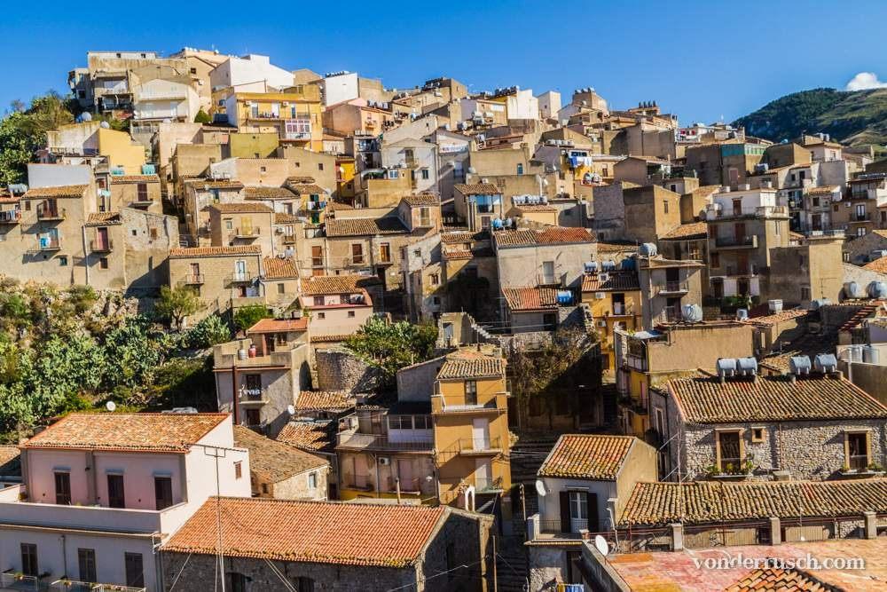 Hillside Homes     Caccamo Sicily