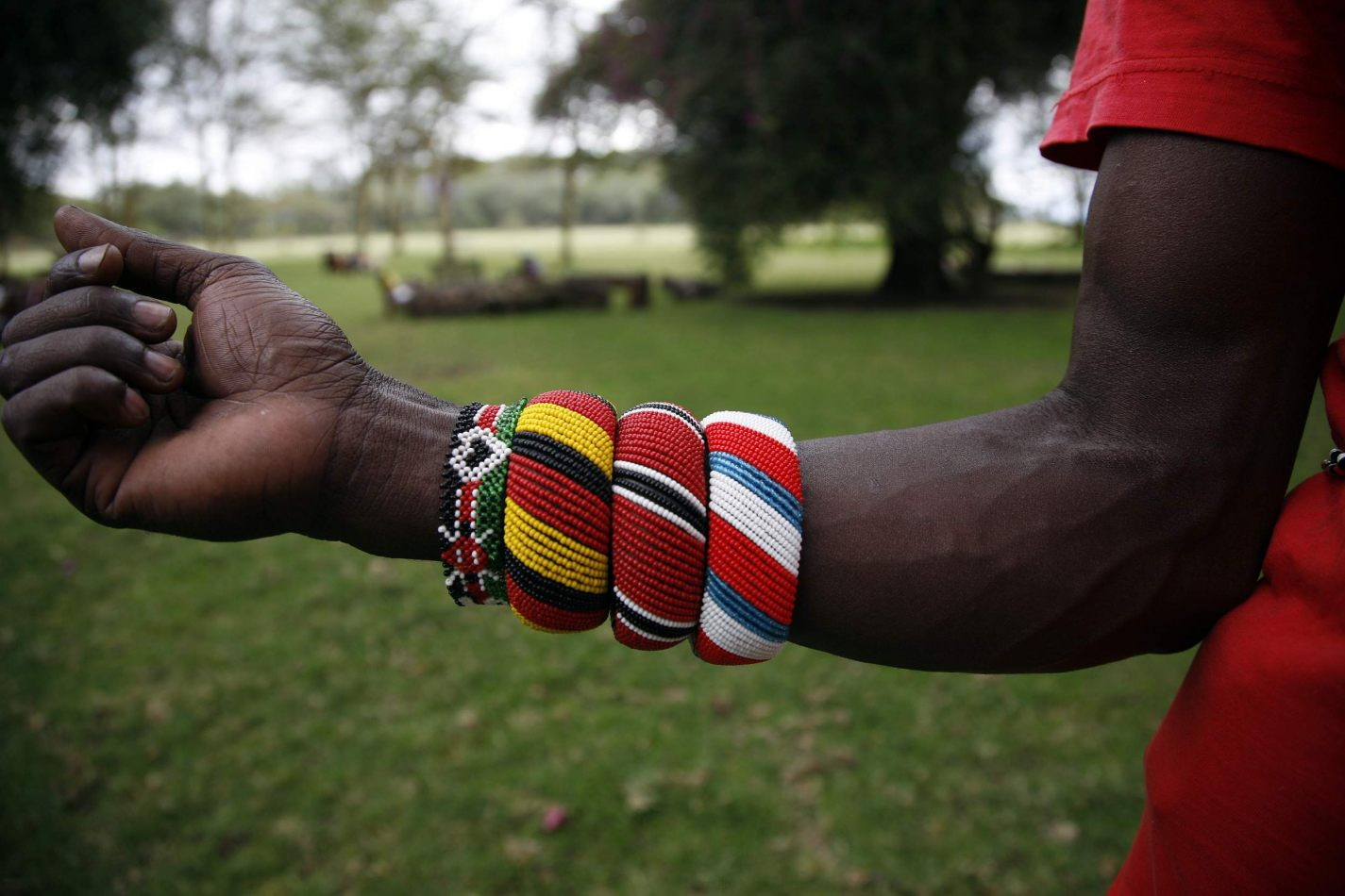 Anthony Ellis Photography: Luga Moja Haitoshi - Samburu Bracelets
