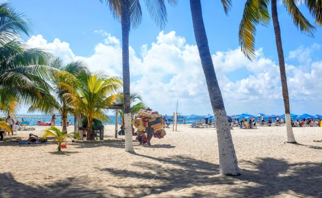 Travel Guide to Isla Mujeres