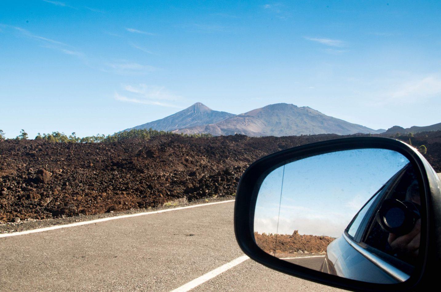 Hibiscus & Nomada : - - Road Trip