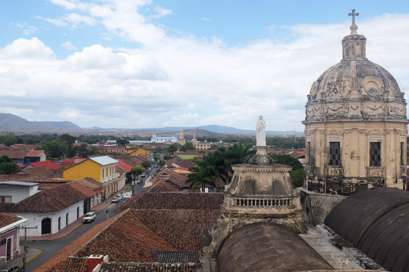 Hibiscus & Nomada : Granada - Viewpoint from Iglesia Del Merced