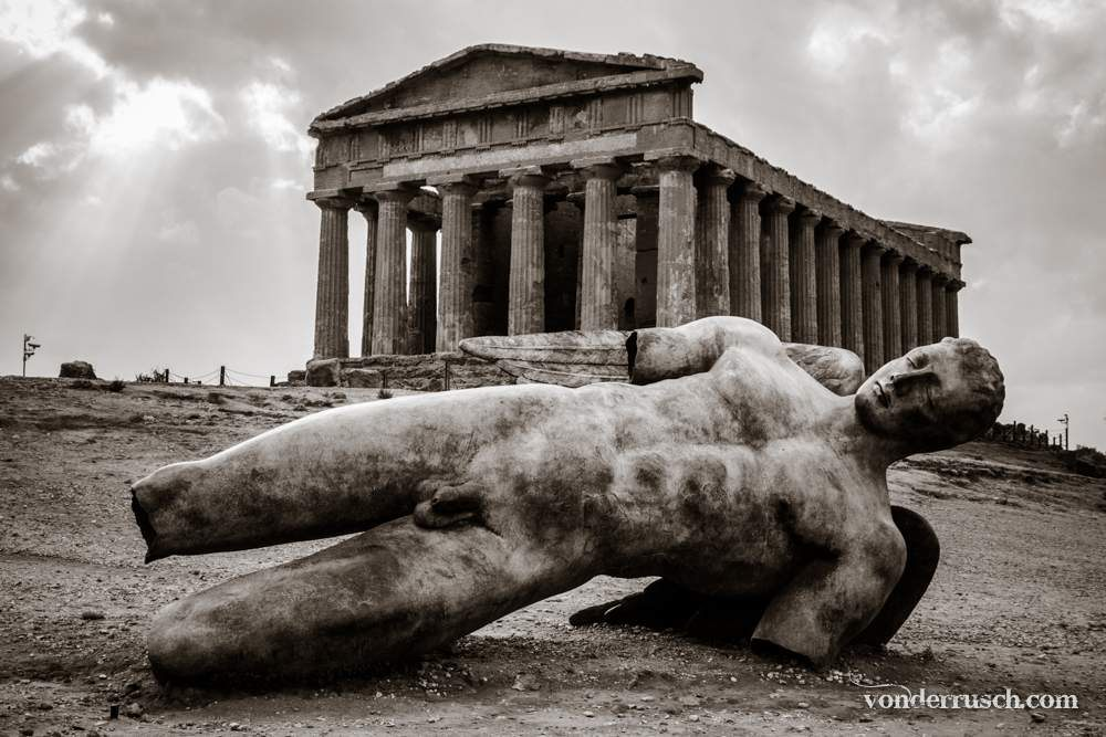 Temple of Concordia     Agrigento Sicily