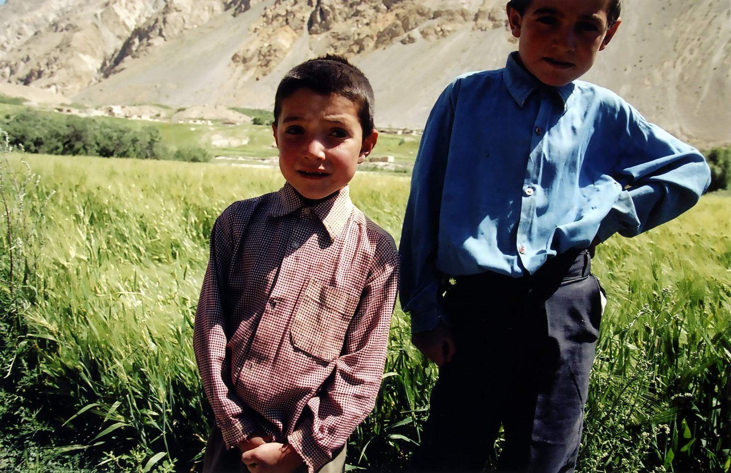 Anthony Ellis Photography: Zindabad - The Boys at Shir Khans House