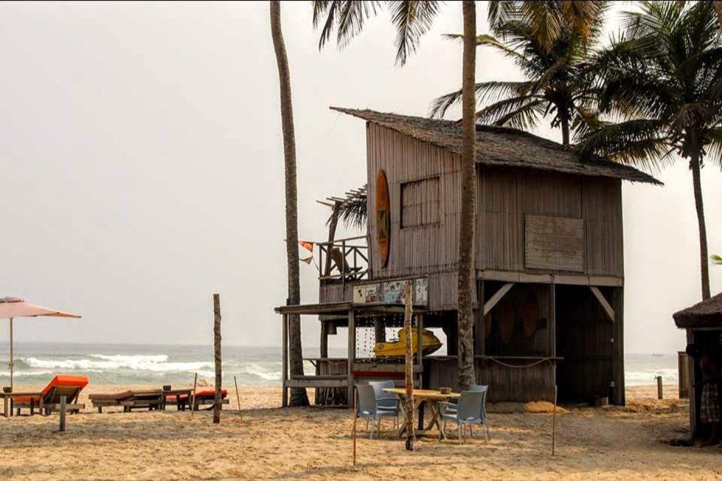 Hibiscus & Nomada : Ivory Coast - Assinie