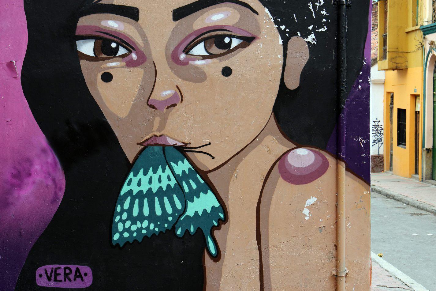 Anthony Ellis Photography: Antes del Refer� ndum - Vera Sucks a Butterfly