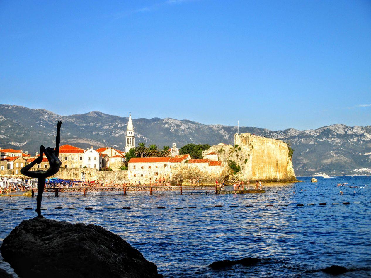 Hibiscus & Nomada : Montenegro - Montenegro