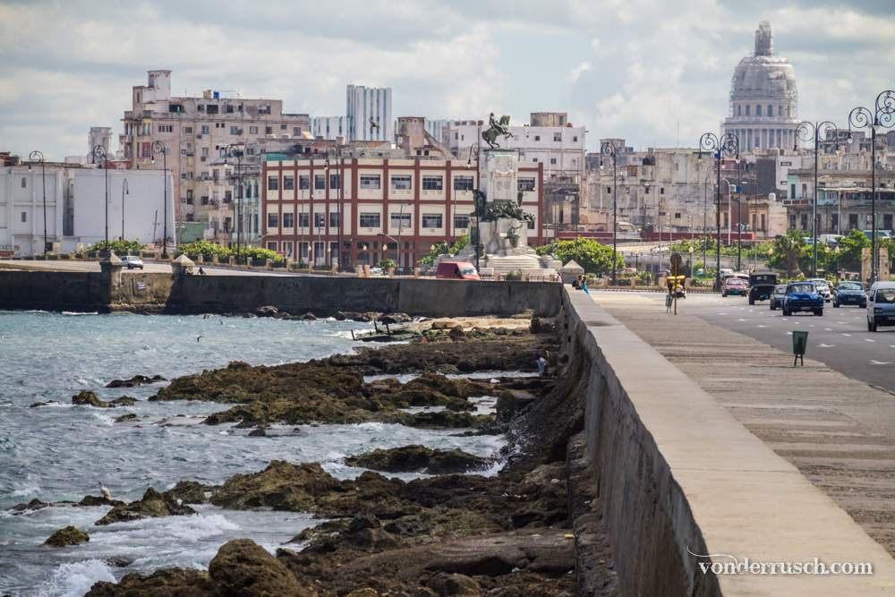 El Malecón     Havana Cuba
