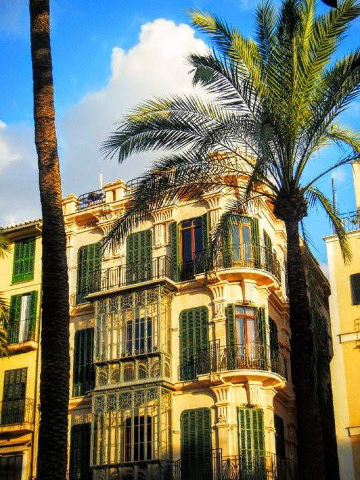 Hibiscus & Nomada : Palma de Mallorca - Passeig de Gracia