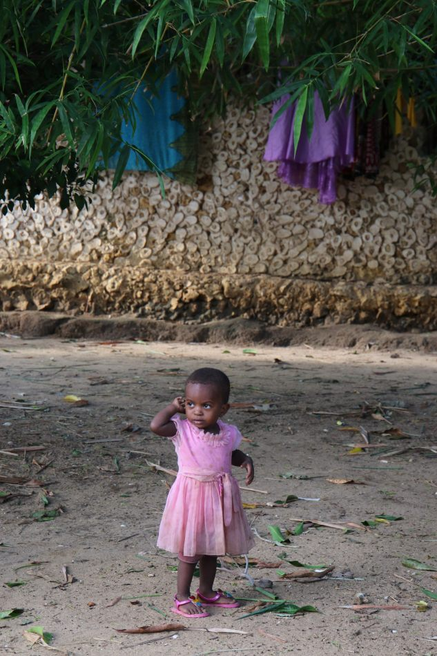 Anthony Ellis Photography: Mzungu - Little Girl in Pink Dress