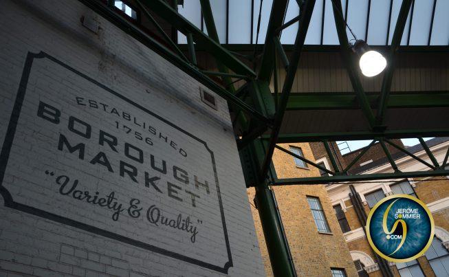 LONDON Market eat in Borough Market