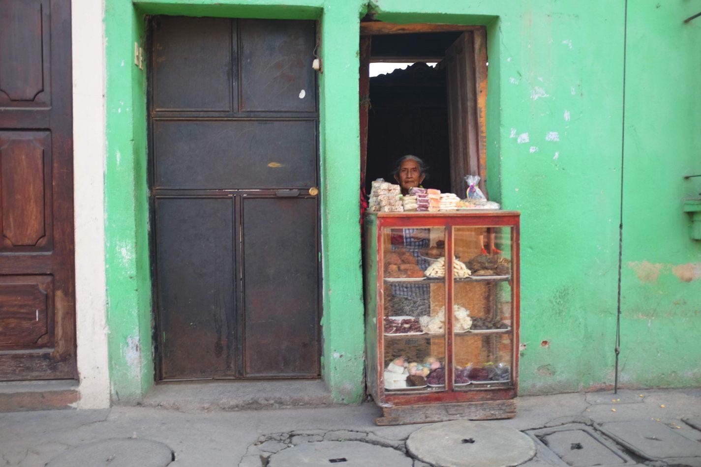Hibiscus & Nomada : - - Tienda in Antigua