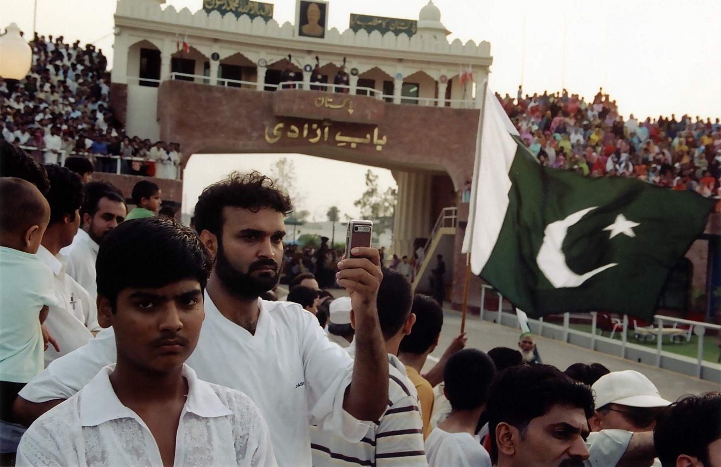 Anthony Ellis Photography: Zindabad - Slammng the Gates on Hindustan
