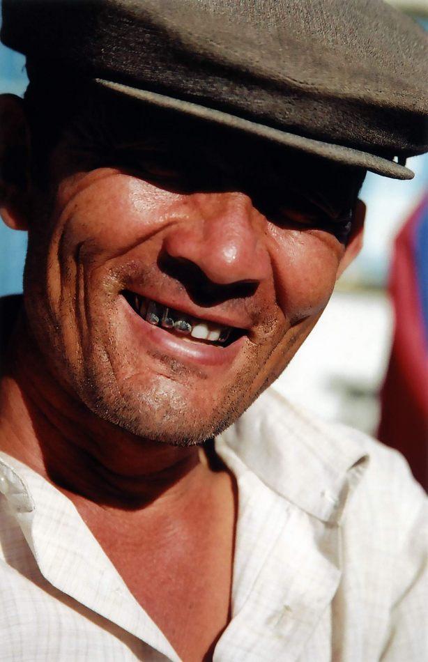 Anthony Ellis Photography: Tall Walls - Steel Teeth