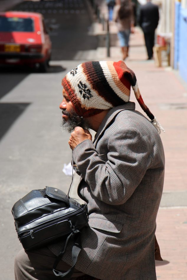 Anthony Ellis Photography: Antes del Refer� ndum - Wool Hat in the Sun