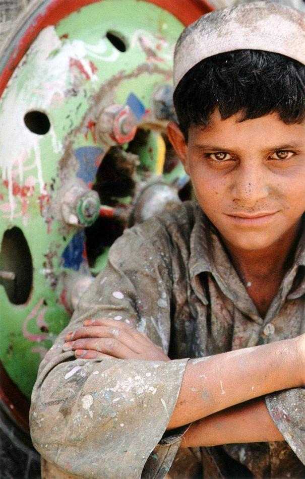 Anthony Ellis Photography: Zindabad - The Jangly Truck Painter