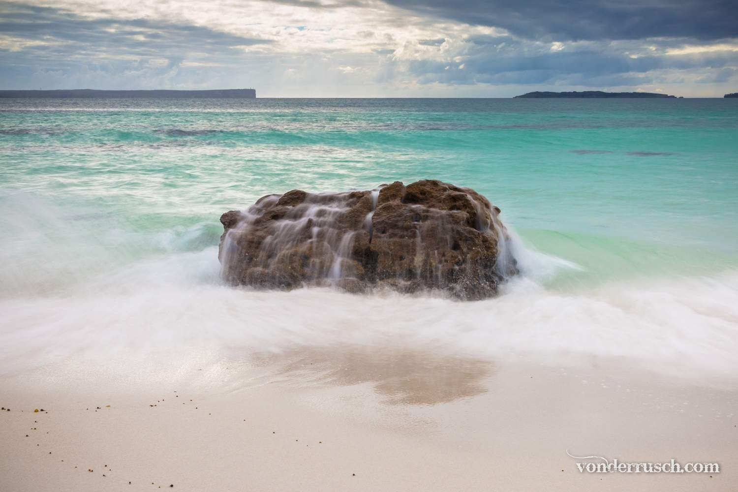 Natural Obstacle     Hyams Beach Australia