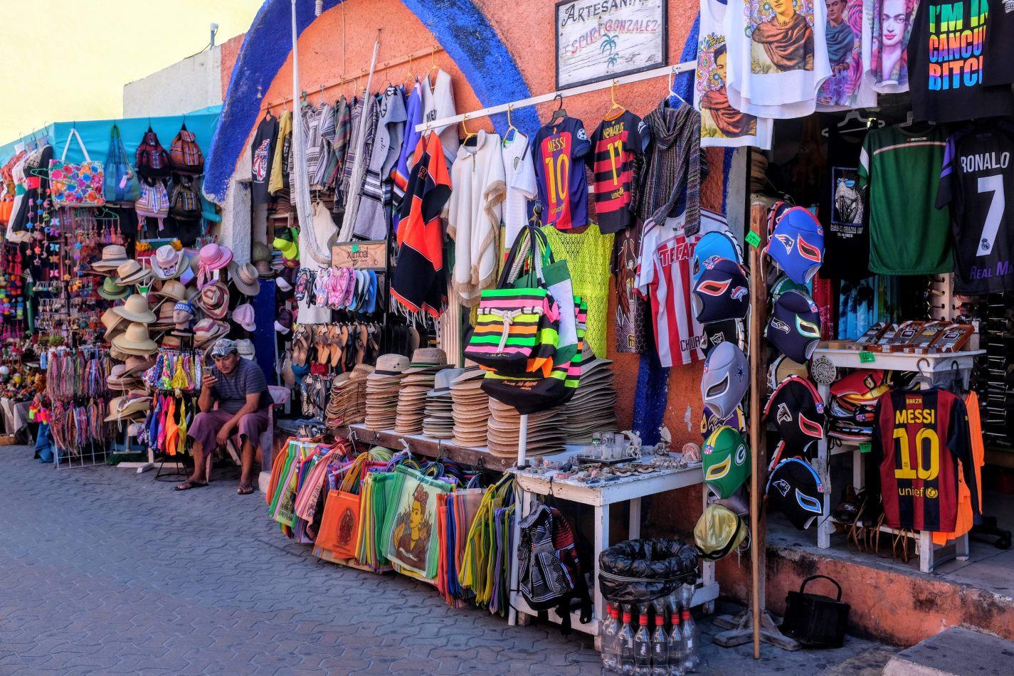 Hibiscus & Nomada : - - Flea Market
