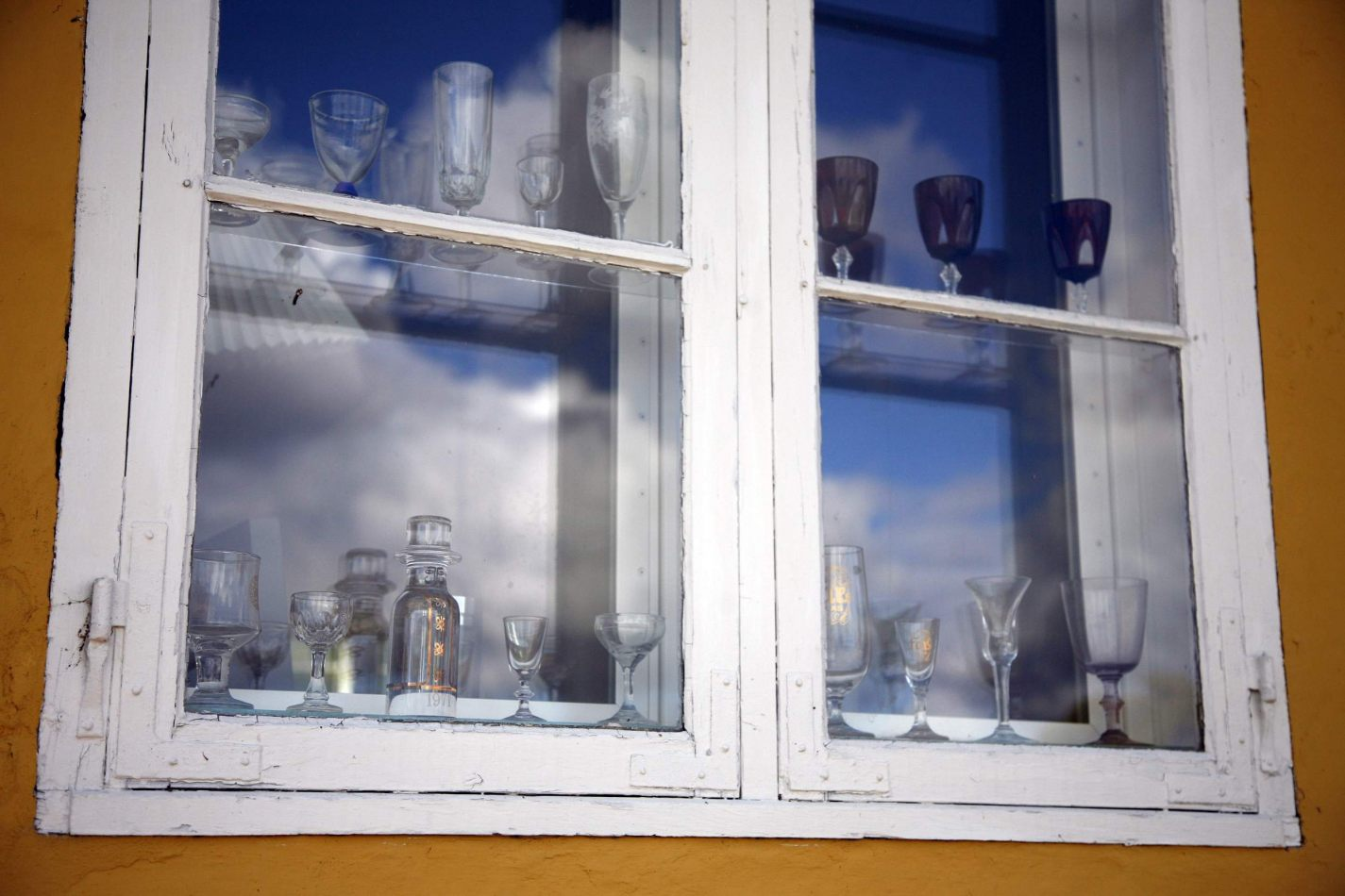 Anthony Ellis Photography: Silent Afternoons - Window Glass