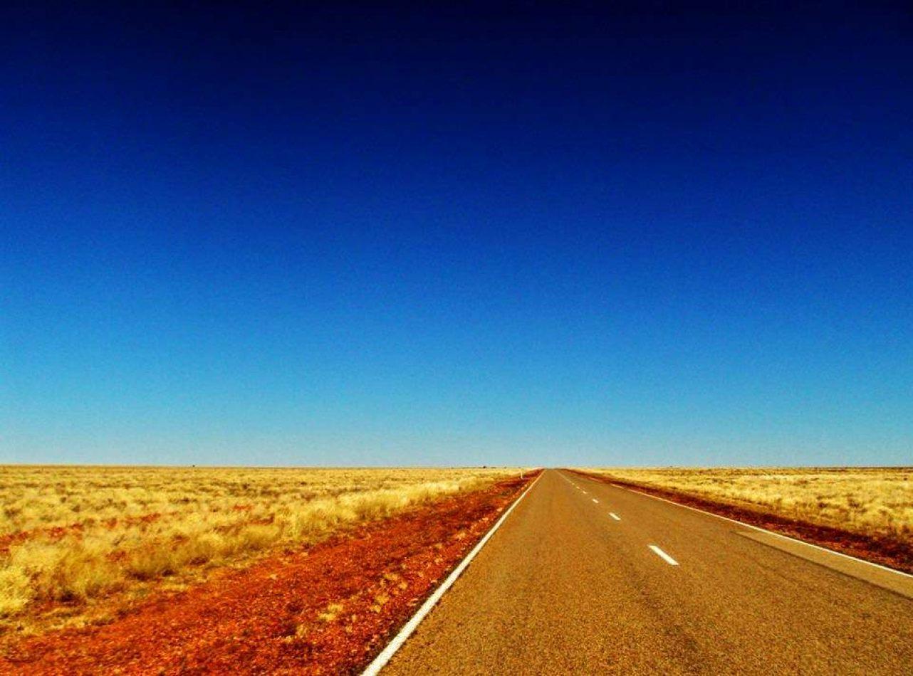 Hibiscus & Nomada : Australia - Outback