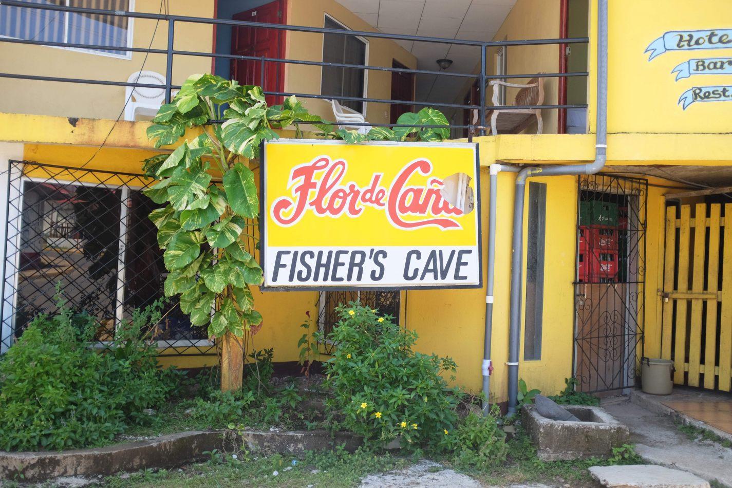 Hibiscus & Nomada : - - Fisher's Cave Restaurant