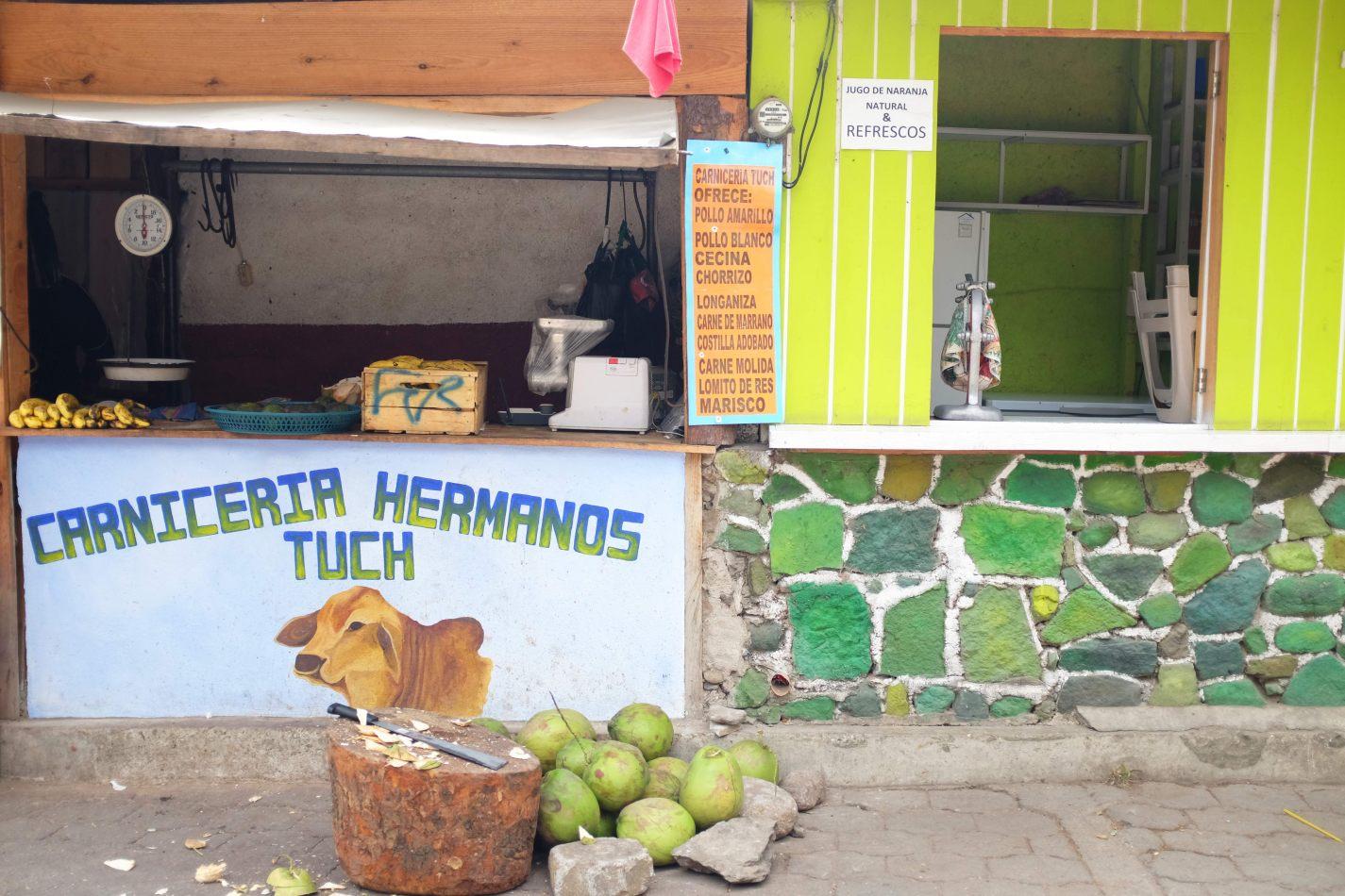 Hibiscus & Nomada : - - San Marcos La Laguna