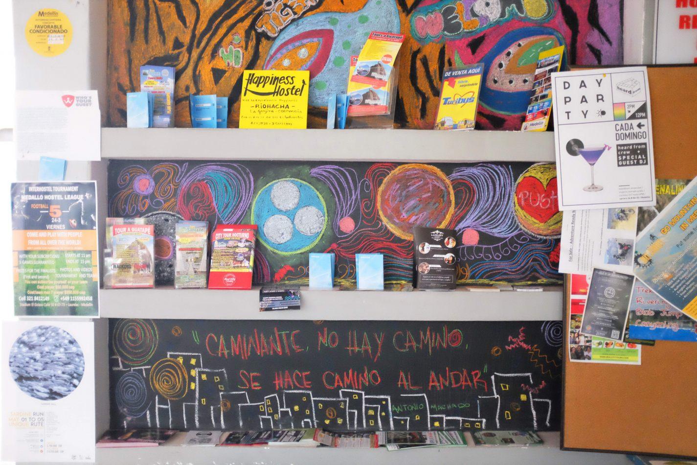 Hibiscus & Nomada : Medell� n - Tiger Paw Hostel