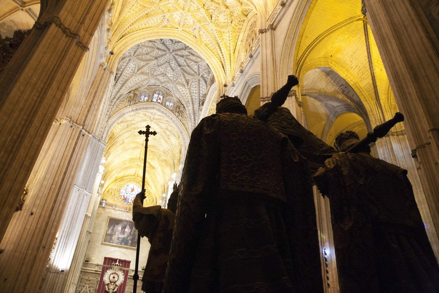 Anthony Ellis Photography: Around the Edges - Sevilla Claims Cristobal Colon