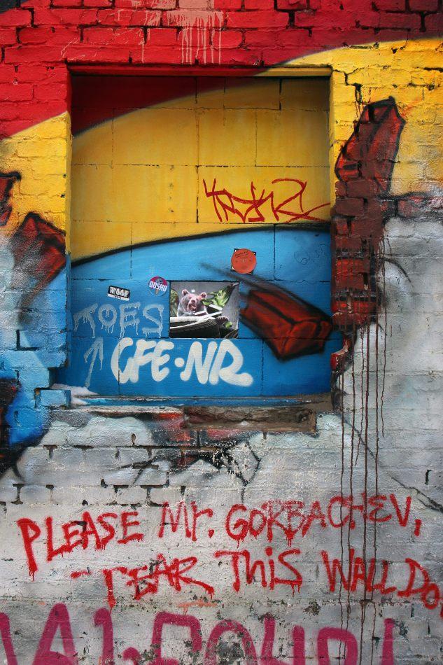 Anthony Ellis Photography: Das Ist - Please Mr Gorbachev