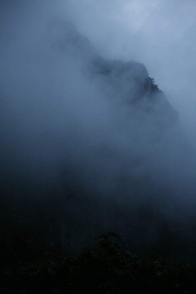 Anthony Ellis Photography: Apus - Chasms