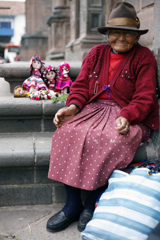 Anthony Ellis Photography: Apus - The Doll Seller