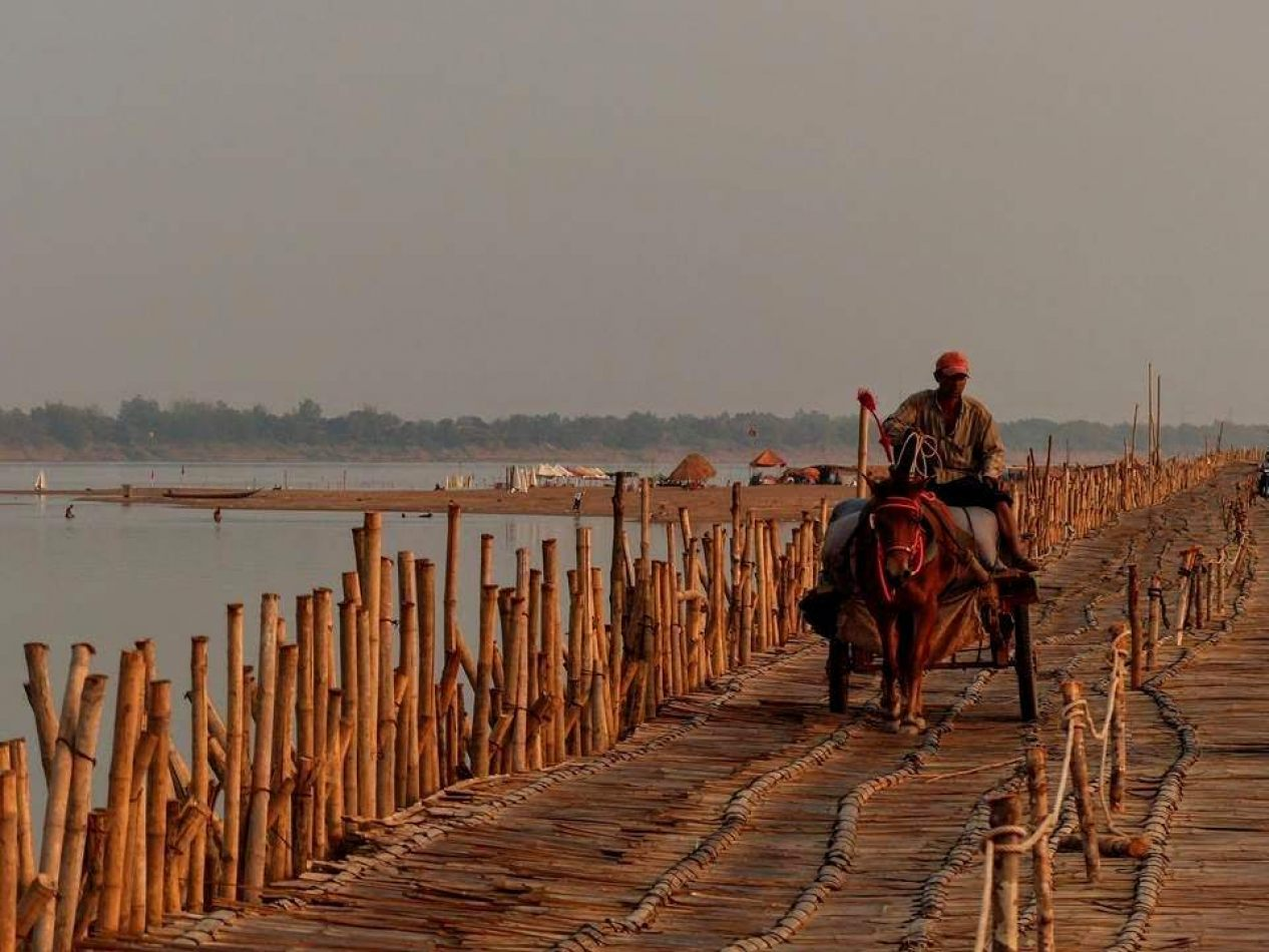 Hibiscus & Nomada : Cambodia - Bamboo Bridge