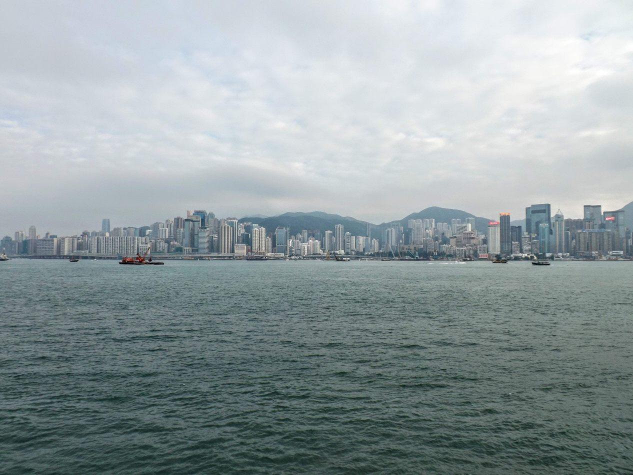 Hibiscus & Nomada : Hong Kong - Hong Kong skyline