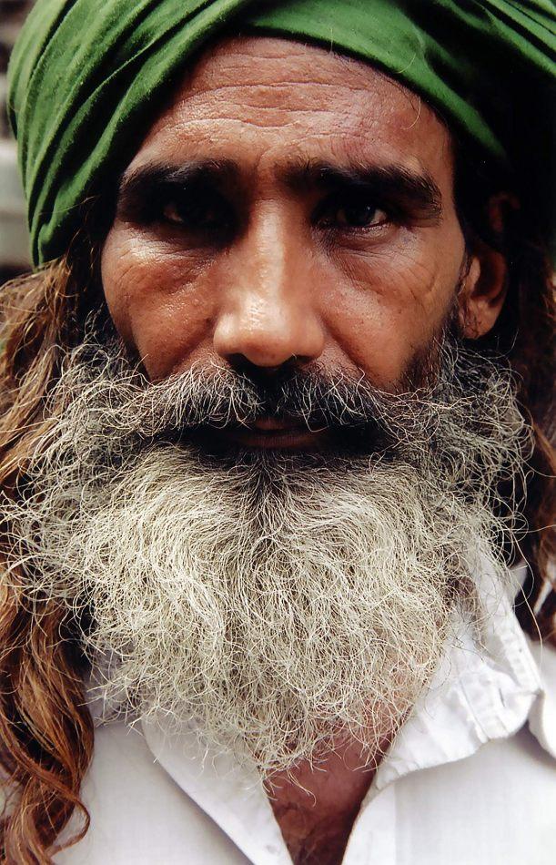 Anthony Ellis Photography: Zindabad - Man in Green Turban