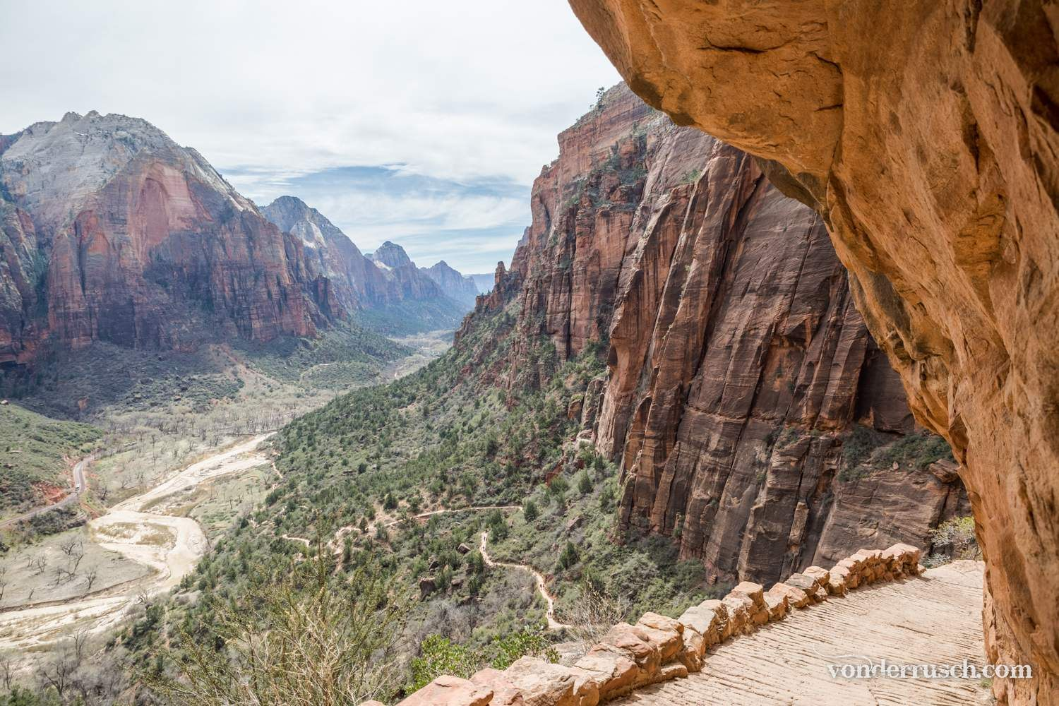 The Path to Angels Landing     Utah USA