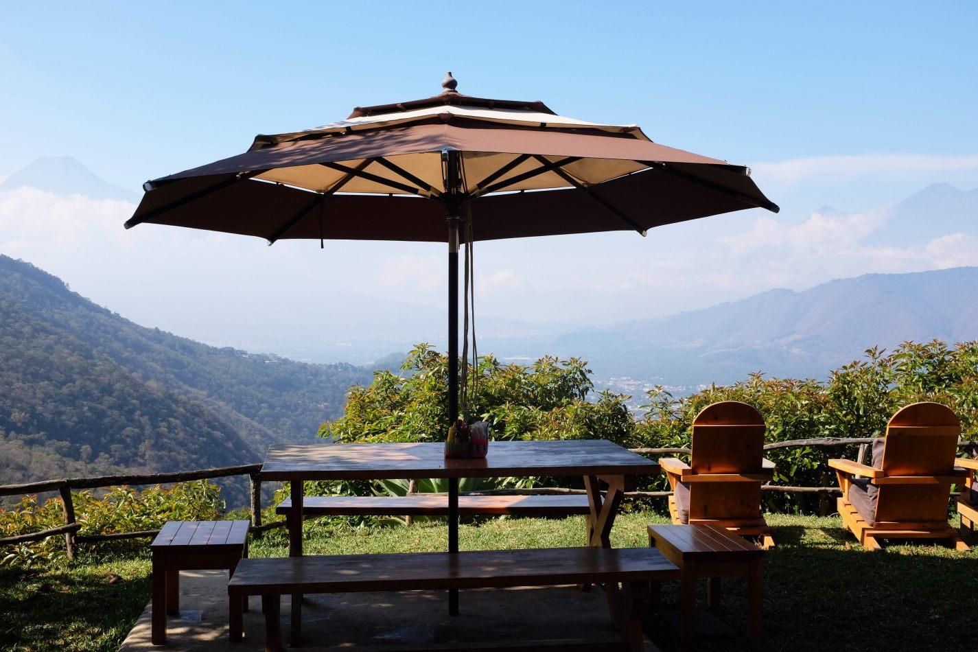 Hibiscus & Nomada : - - Earth Lodge View