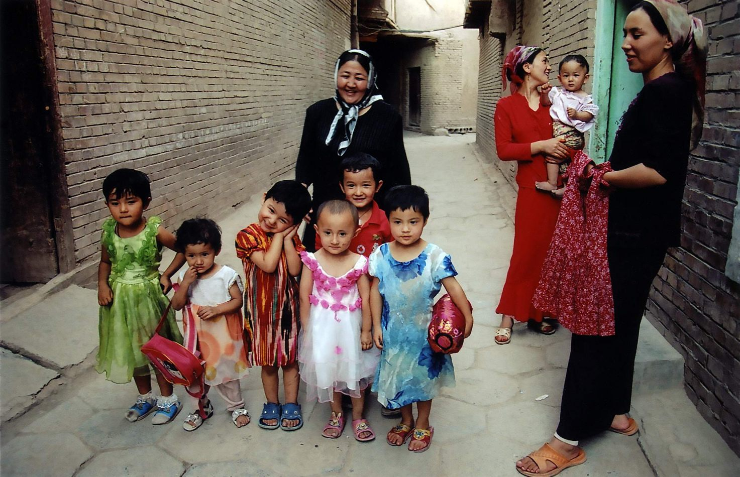 Anthony Ellis Photography: Tall Walls - Uyghur Children Pose