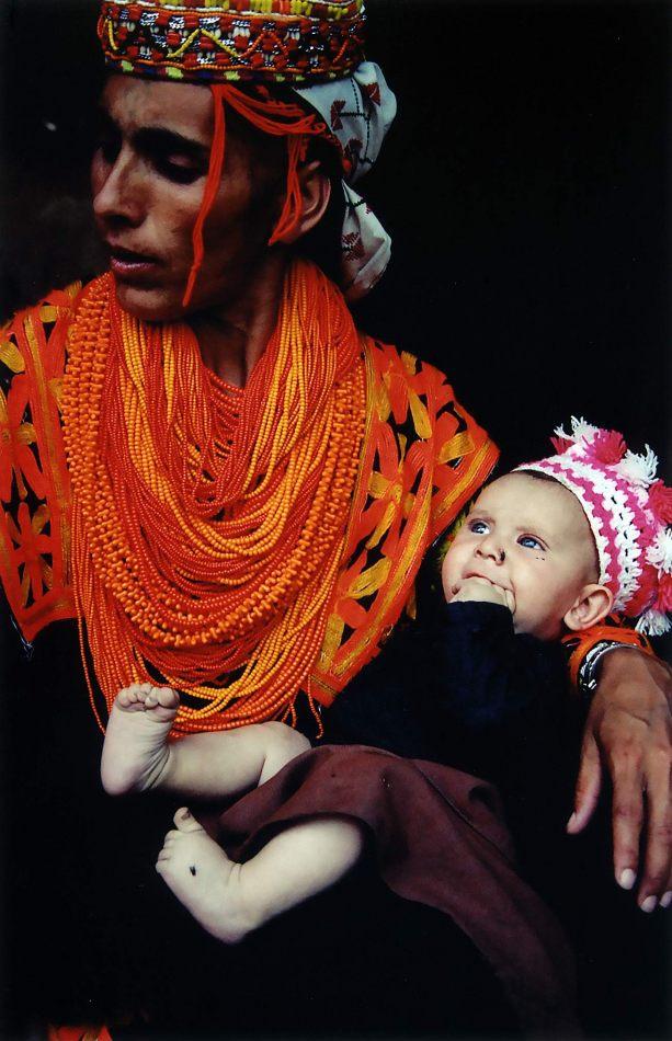 Anthony Ellis Photography: Zindabad - Bhutto's Wife and Baby