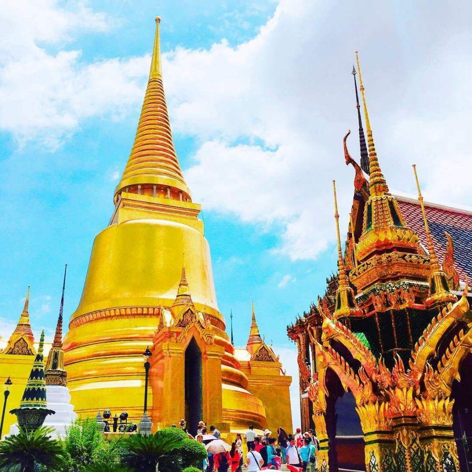 Hibiscus & Nomada : - - Wat Phra Kaew