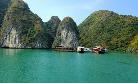 The Best Way To Visit Halong Bay