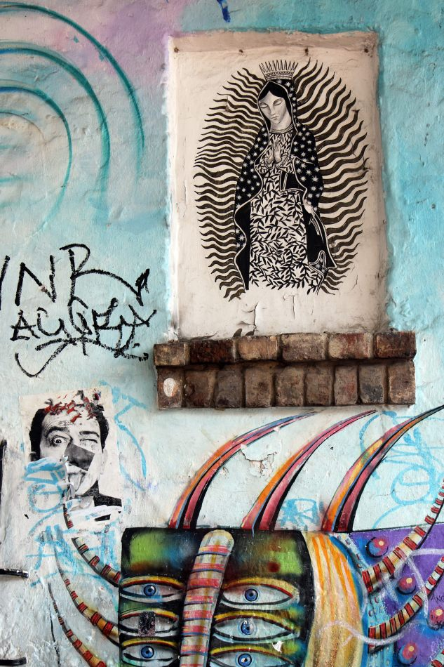 Anthony Ellis Photography: Antes del Refer� ndum - Graffiti Virgin