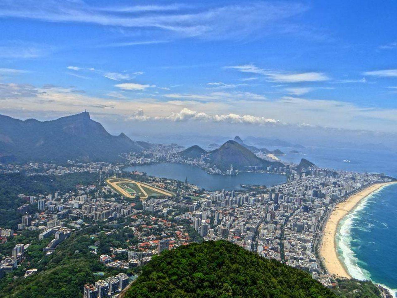 Hibiscus & Nomada : Brazil - Dois Irmaos