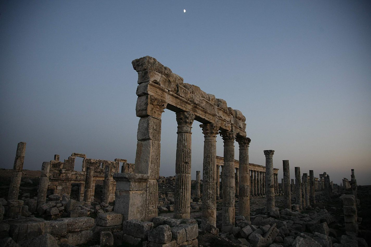 Anthony Ellis Photography: Shadows and Steps - Half a Moon Over Apamea