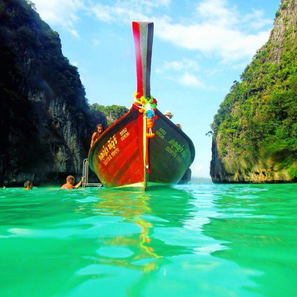 Hibiscus & Nomada : Thailand - MAYA BAY BEACH