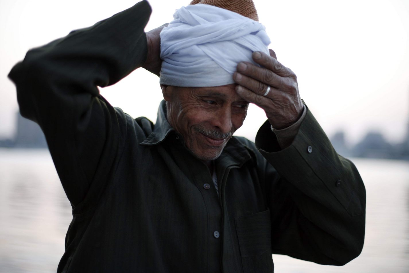 Anthony Ellis Photography: Submit to the Will - Mahmoud Shifts his Turban
