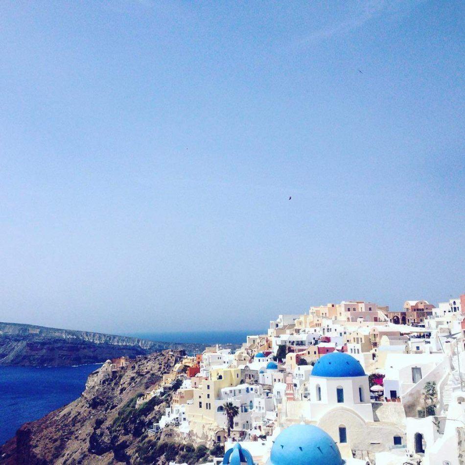 Hibiscus & Nomada : Santorini - Thira