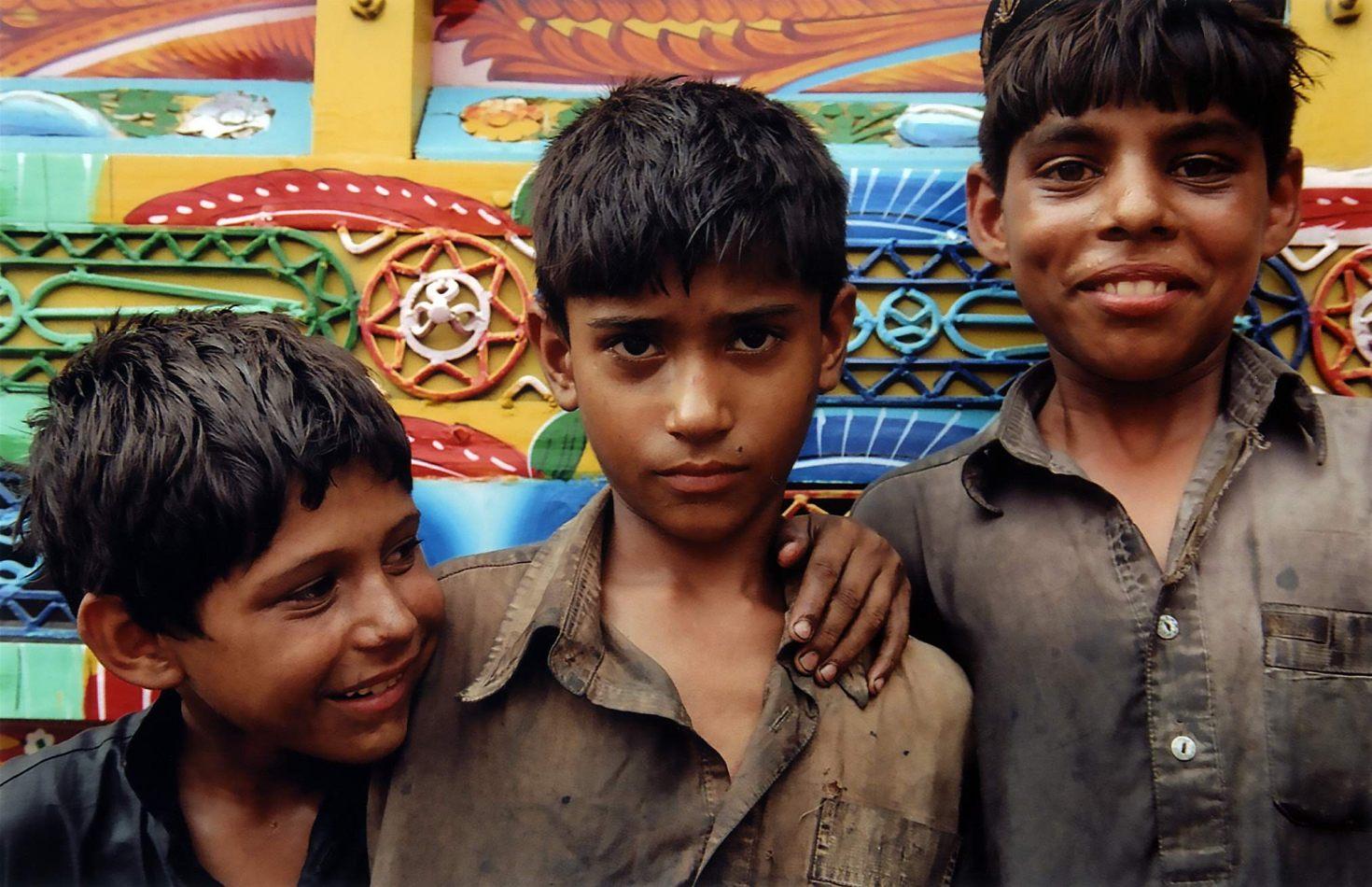 Anthony Ellis Photography: Zindabad - The Three Truck Painters