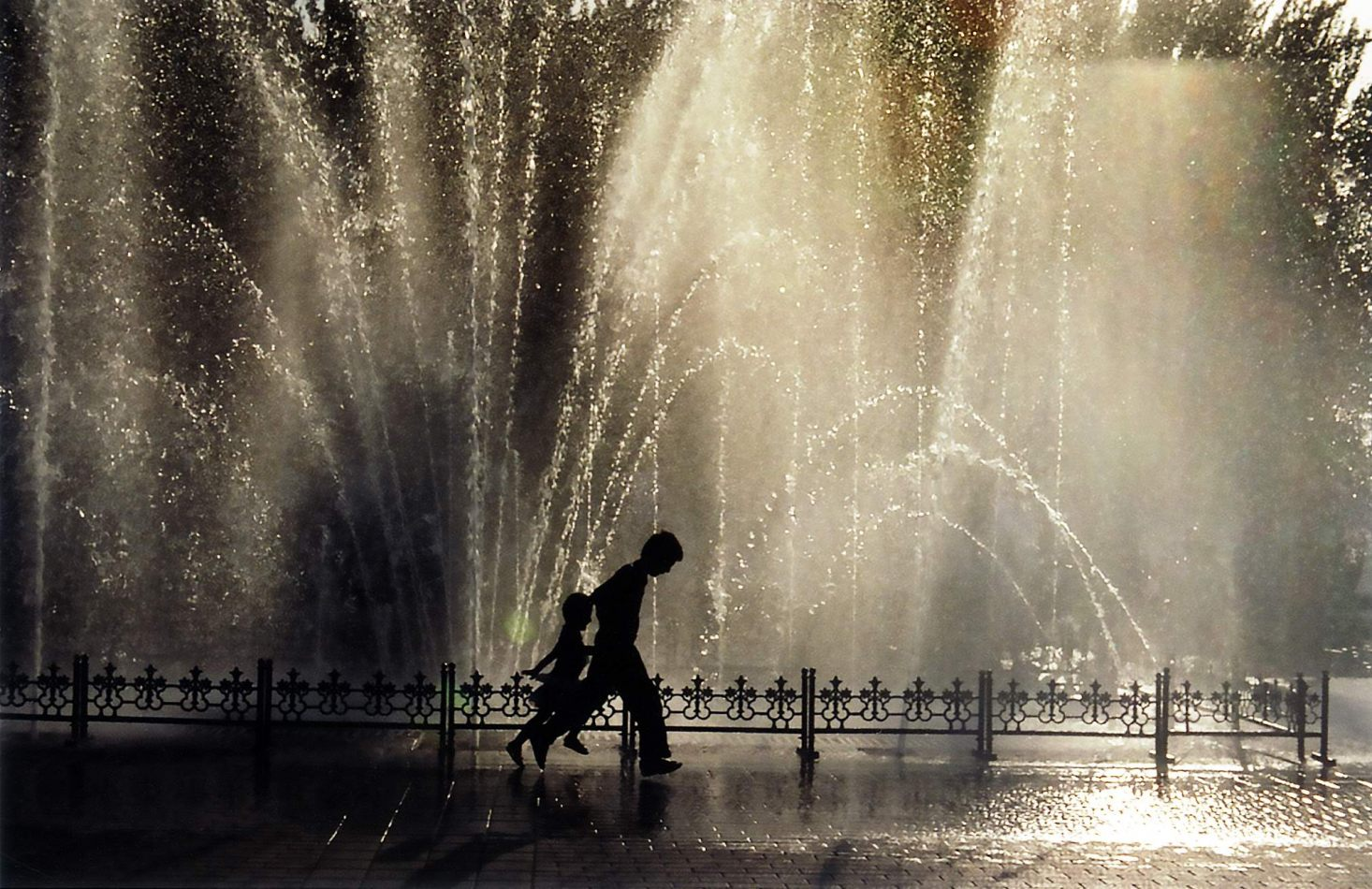 Anthony Ellis Photography: Tall Walls - Fountains