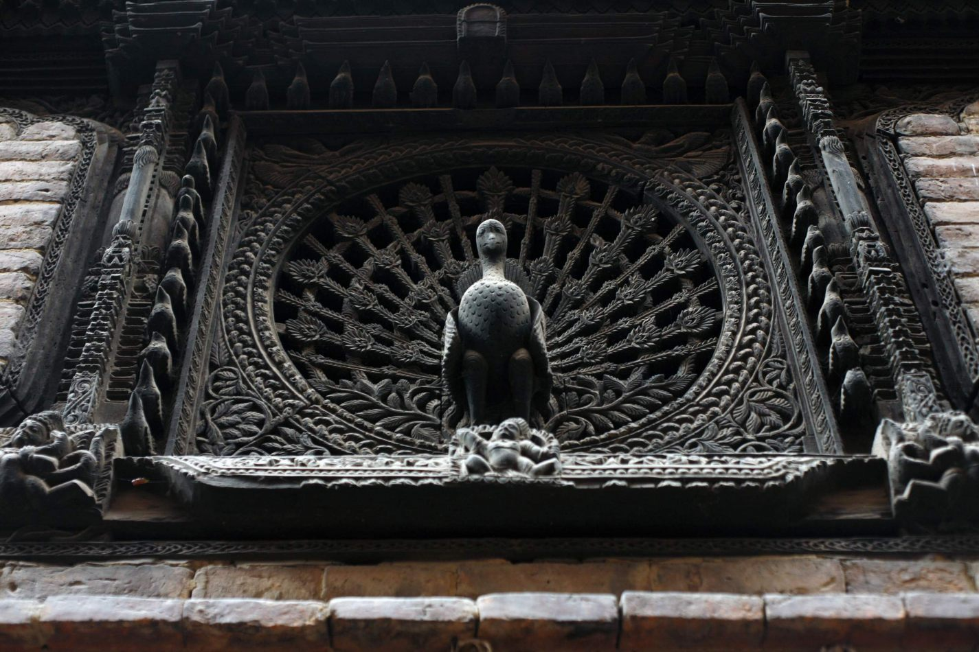 Anthony Ellis Photography: Transition - म्हयखाझ्या (Peacock Window)