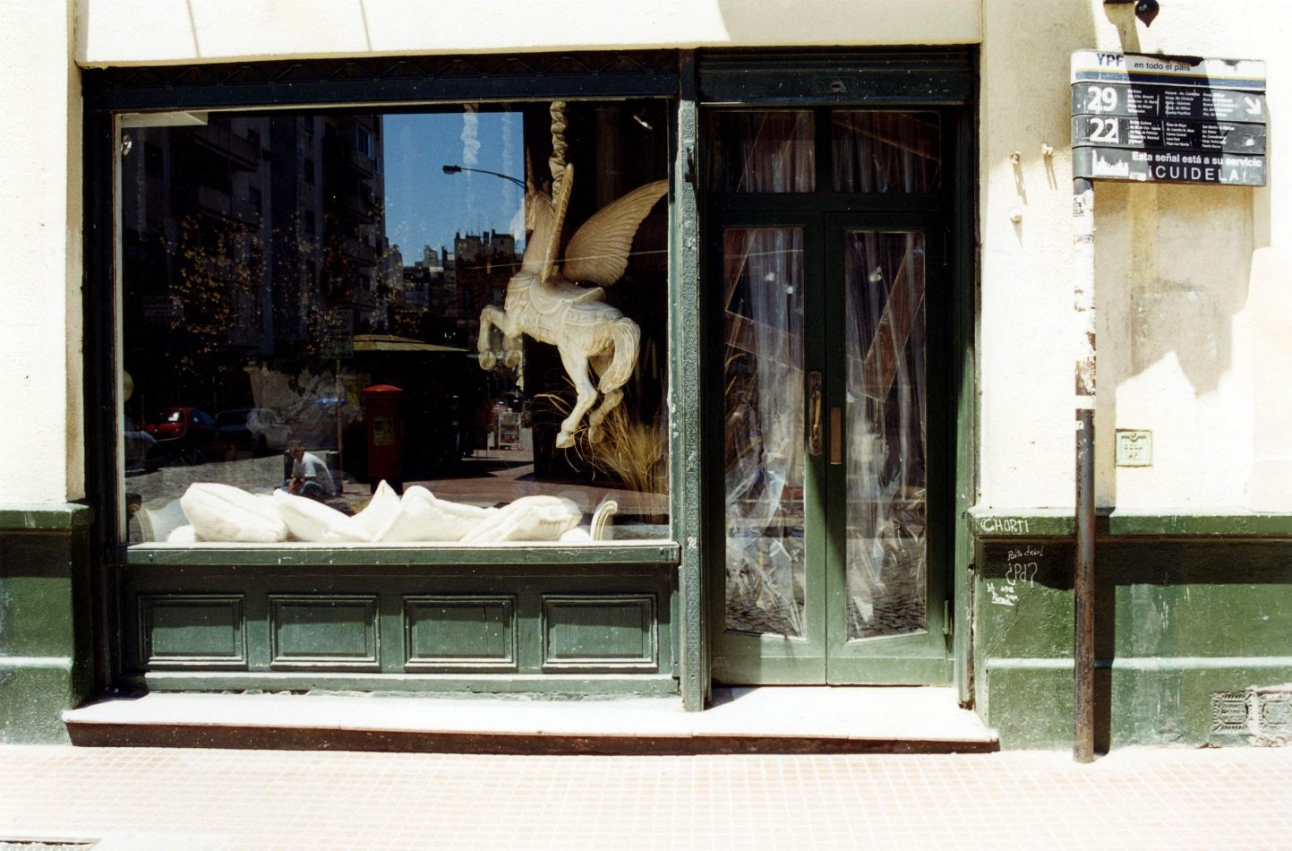 Anthony Ellis Photography: Lights and Cameras - Pegasus in a Shop Window